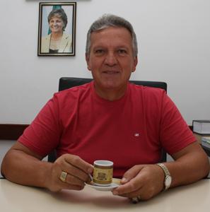Jurandir_Salvarani_Cafe