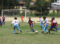 escolinha_de_futebol_de_Amador_Bueno