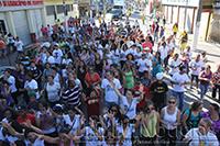 Após a caminhada a população se concentrou no CEMIP para apreciar aos shows dos artistas gospel